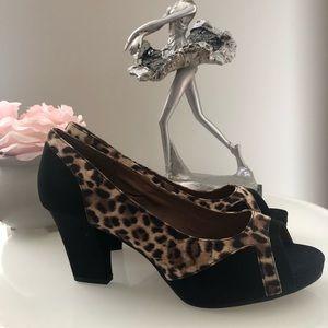 Comfortview Cheetah Print Heels Size 10W